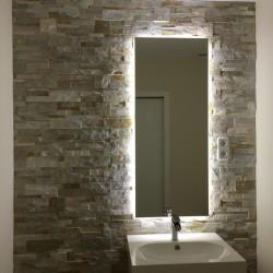 Espejo Retroiluminado de 124,5x70 cm